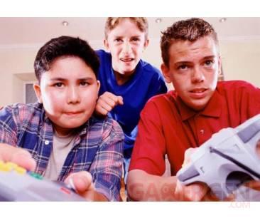 Les adolescents et les jeux virtuel multijoueurs